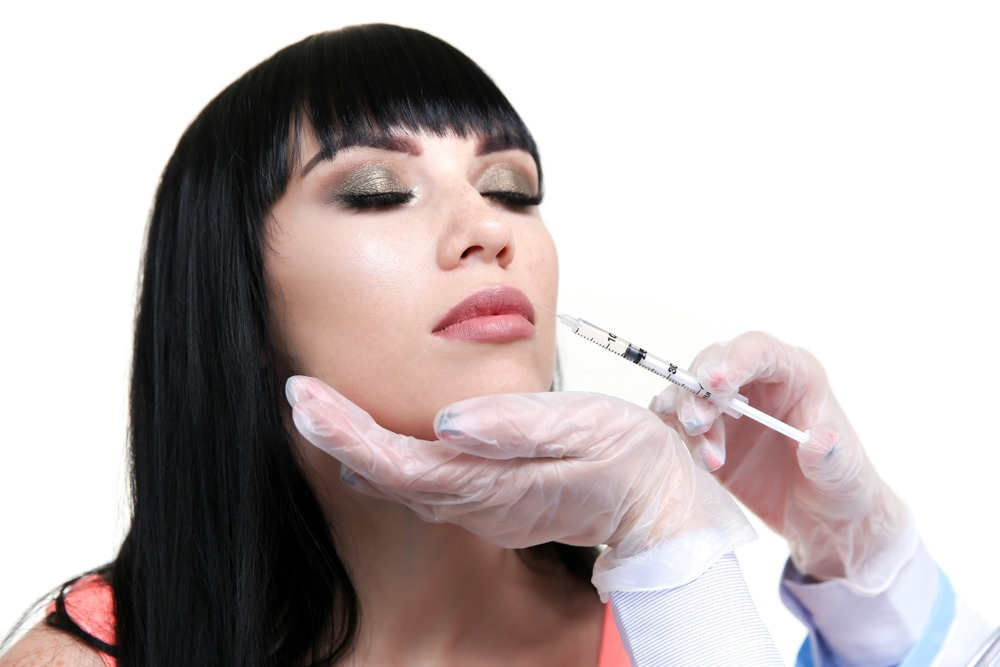 What's the Difference Between Juvéderm and Restylane?